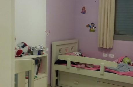 חדר ילדים לפני